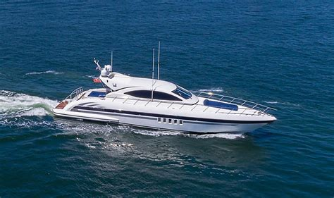 centurion boats ru centurion i mangusta buy and sell boats atlantic