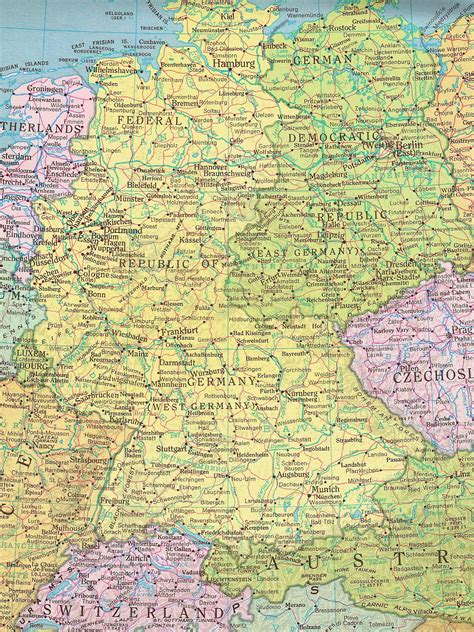 map of east germany former east germany and west germany size