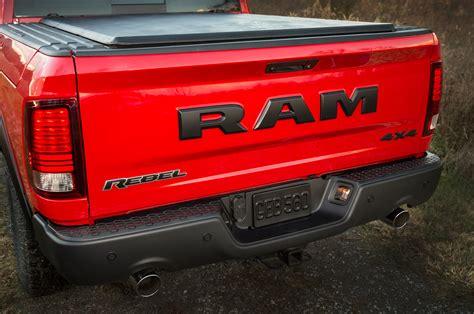 2015 ram 1500 tail 2015 ram 1500 rebel first drive motor trend
