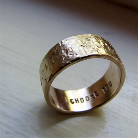 how to get unique wedding bands for