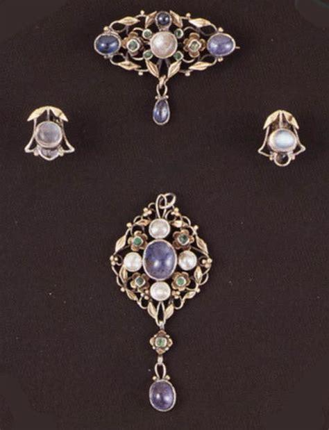 craft jewelry arts and crafts jewelry