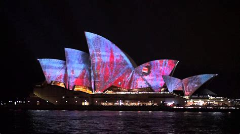 lights show house sydney 2014 sydney opera house light show