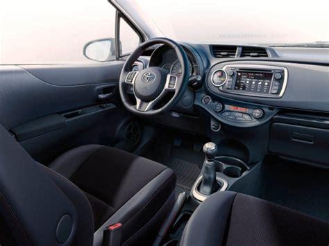 how make cars 2012 toyota yaris interior lighting 2012 toyota yaris interior onsurga