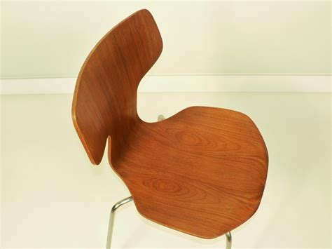 chaise jacobsen arne jacobsen chaise 3103