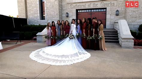 Jessa Duggar Wedding Ring Design by Jinger Duggar S Wedding Dress Designer On Why Was So