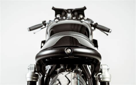 designboom tim spears hookie black mamba urban caferacer motorcycle injects