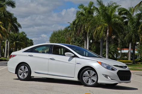 Hyundai Sonata Hybrid Limited by 2013 Hyundai Sonata Hybrid Limited Review Top Speed
