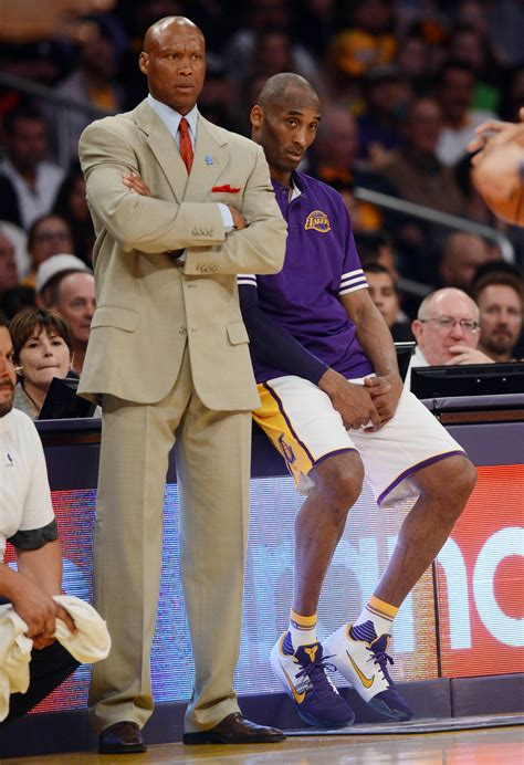 kobe bench press 100 kobe bench press kobe lebron share court as