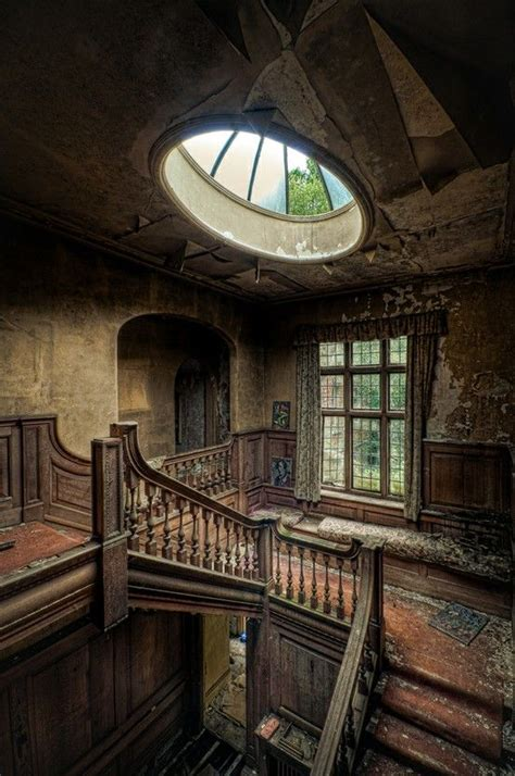2 abandoned mansions of ireland ii more portraits of forgotten stately homes books amazing and abandoned house beautiful abandoned