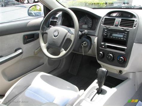 2004 Kia Interior 2004 Kia Spectra Lx Sedan Interior Photo 49924158