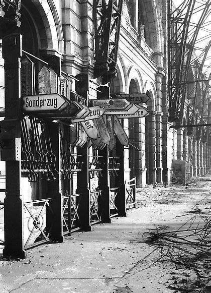 Rustikale Leuchten 1964 by Historische Bilder Auf Historische Fotos