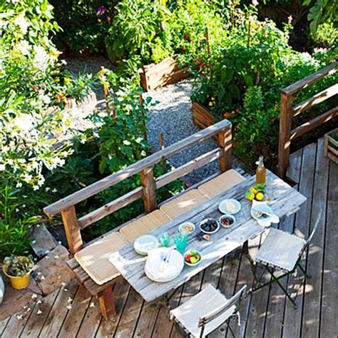 small space backyard landscaping ideas small yard landscaping finest images about backyard ideas