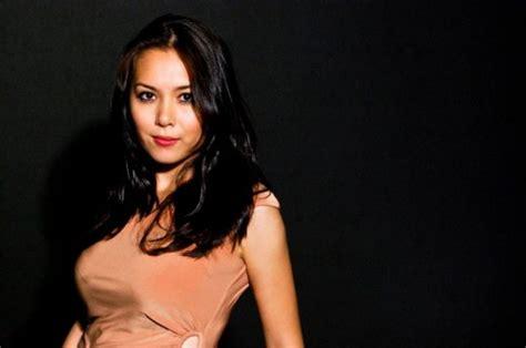 film malaysia nora elena biar botol kau sebut 2 awek melayu
