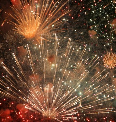 new year fireworks facts fireworks cruise on new year s 2017 guide to iceland
