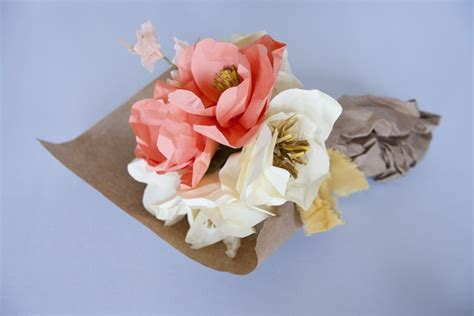 How To Make A Paper Flower Bouquet - diy how to make paper flower centerpieces creativebug