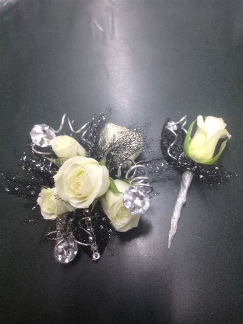 prom corsages and boutonnieres 2015 prom corsage fitness pinterest prom corsage prom