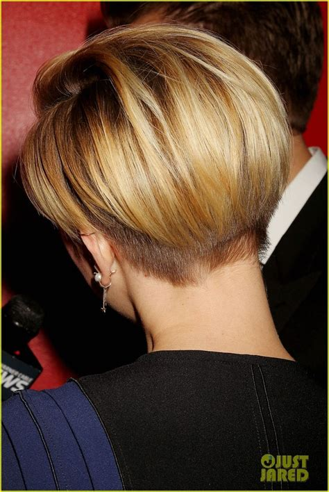 scarlett johansen extreme hircut 25 best ideas about short hair undercut on pinterest
