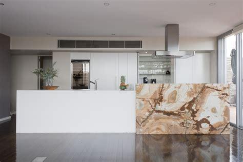 Designer Kitchens And Bathrooms spacial illusion