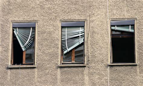 Broken Is Blind window blind repair blind brothers of az