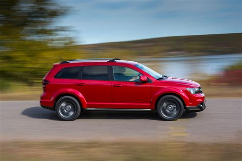 2017 dodge journey reviews and rating motor trend