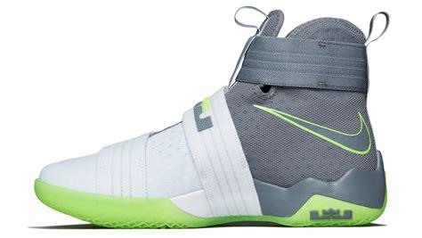 Nike Lebron Soldier 10 Dunkmen Original nike lebron soldier 10 dunkman sneaker bar detroit