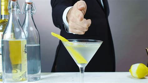 vesper martini bond s vesper martini cocktail recipe