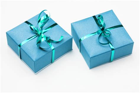 images of wrapped gifts scoring the best deals on your purchases