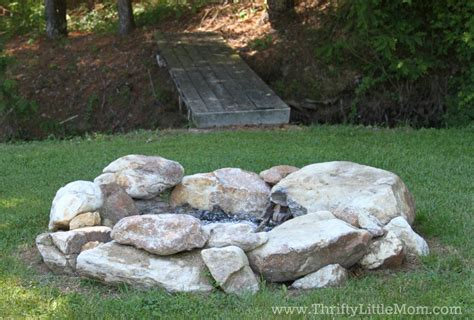 Build Your Own Backyard Fire Pit Using Free Materials Rock Firepit