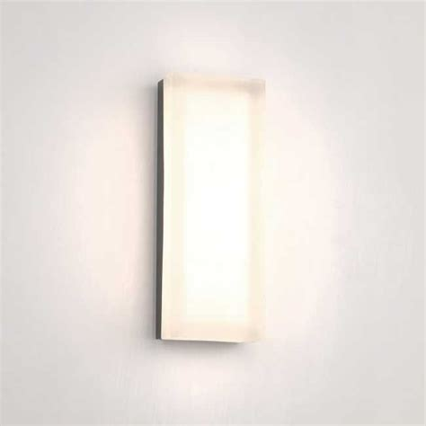 bathroom lighting color temperature 44 best images about bathroom vanity lighting on pinterest