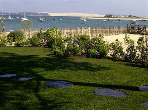 Paysagiste Cap Ferret by Cr 233 Ation D Une Terrasse En Bois Avec Jardin Paysag 233 Au Cap