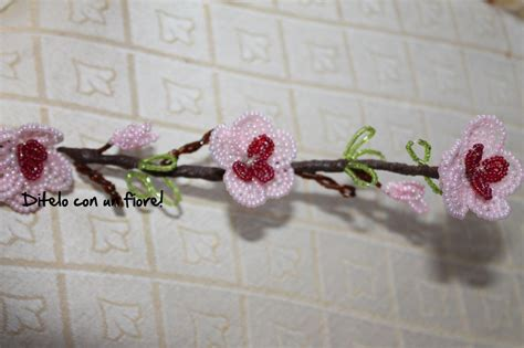 fiore con perline fiori di pesco con perline feste idee regalo di