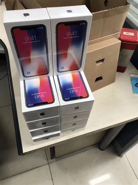 l image du jour et voici les boites pleines d iphone x