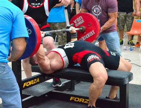 powerlifting bench form how to bench press like a pro a deep look at bench press form lift