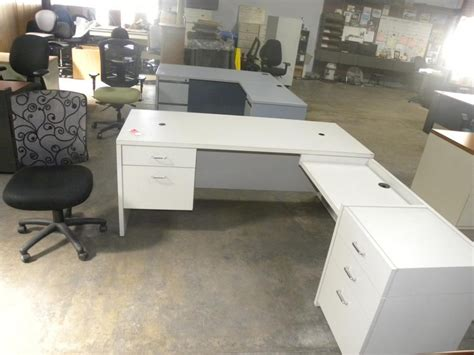 Build An L Shaped Desk Large White L Shaped Desk Build White L Shaped Desk All Office Desk Design