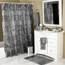 Set includes one shower curtain and 12 rings texture crack glass
