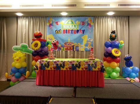 Sesame Street Birthday Party   THAT Balloons