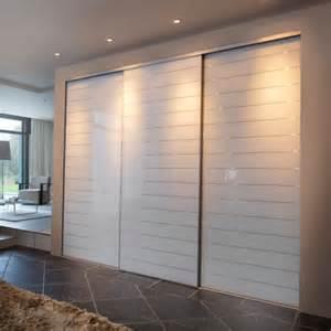 vantaux coulissants portes de placard parlons bois