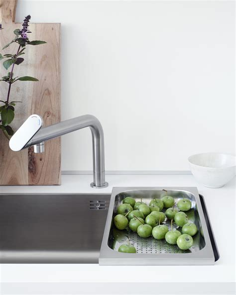 robinetterie cuisine b1 water point kitchen sinks from bulthaup architonic
