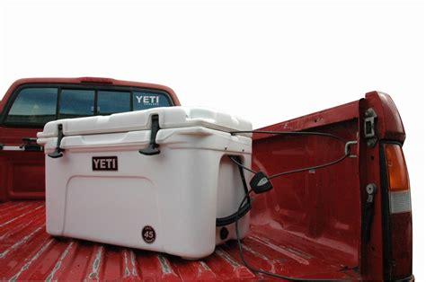 truck bed cooler truckcoolerlock 77794 1308680413 1280 1280