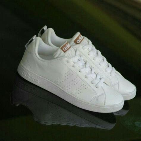 Sepatu Original Adidas Neo Advantage White Essential sepatu adidas neo advantage original bnwb indonesia white