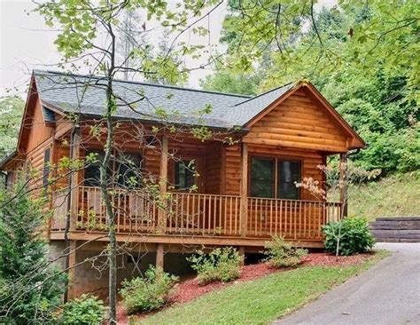 1 bedroom cabin in gatlinburg tn cuddlers paradise 1 bedroom cabin in gatlinburg tn