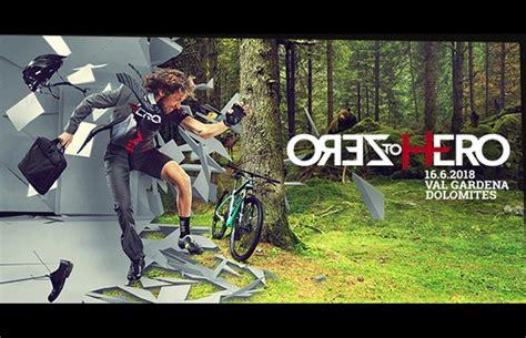 libro hero on a bicycle tutti per uno e due heroes per tutti