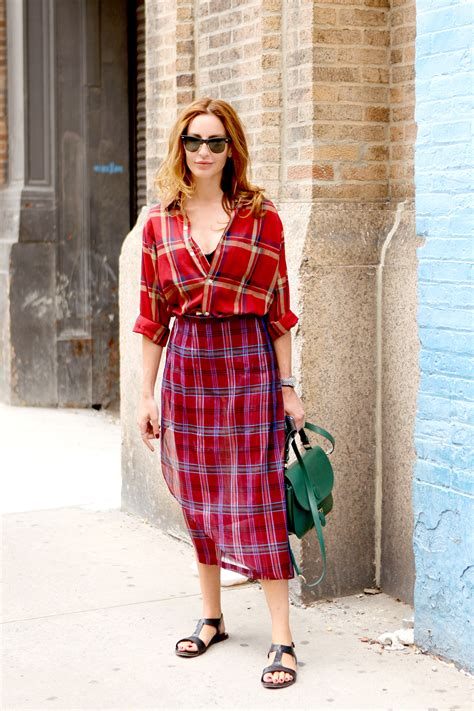 7 Ways To Wear Ruffles This Fall by 7 Ways To Wear Plaid This Fall 29 The Femin