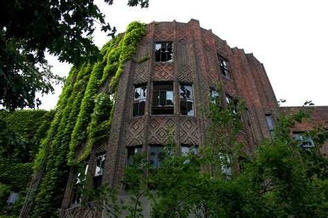abandoned place 30 abandoned places that look truly beautiful