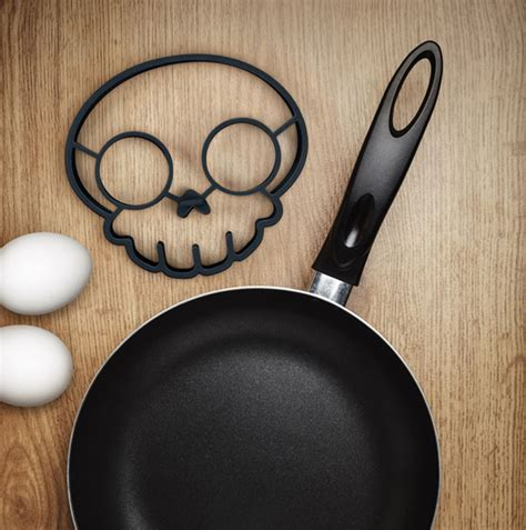 Egg Mold Skull by Turn Eggs Into Skulls For Breakfast With This