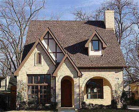 Tudor Cottage Plans by 3 Or 4 Bed Tudor For Narrow Lot 36446tx 2nd Floor