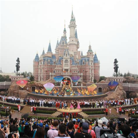 disney shanghai explore shanghai disneyland with these 13 magical