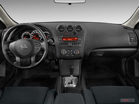 2010 Nissan Altima Interior by 2010 Nissan Altima Interior U S News World Report