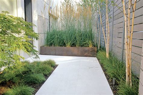 Minimalist Garden Ideas Modern Minimalist Home Garden Design Ayanahouse