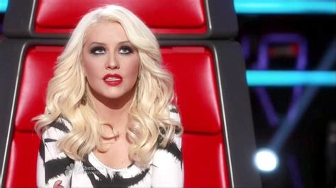 long hair on voice the voice usa long haired christina aguilera long wavy cut
